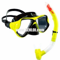 Aquagear M22 Mask & Snorkel Set